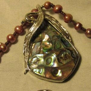 Jewelry - Freshwater Pearl Abalone Mosaic Pendant Necklace